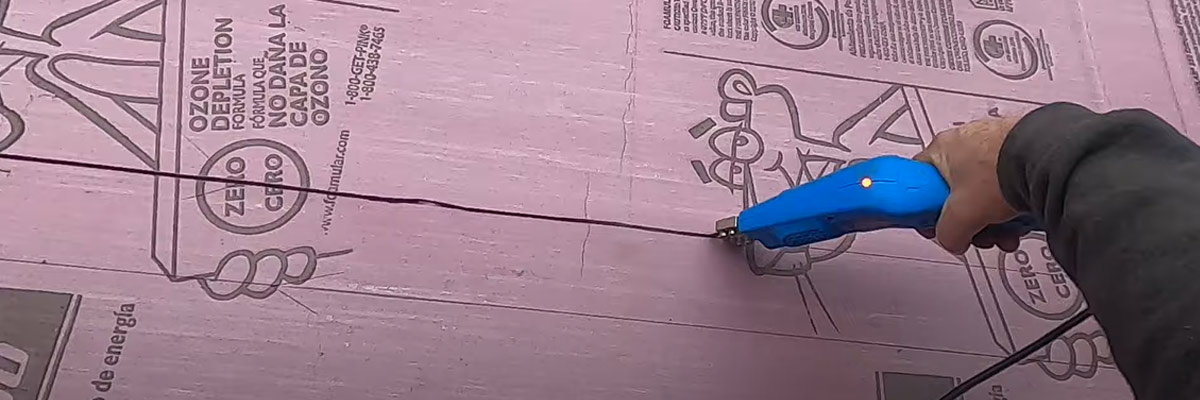 Cutting-Styrofoam-with-a-Hot-Knife