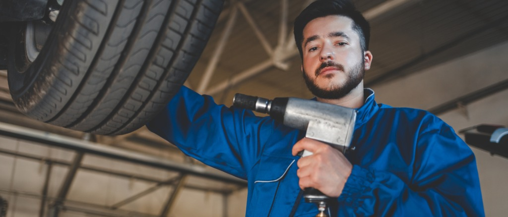 The 10 Best Impact Wrenches For Car Tires of 2021