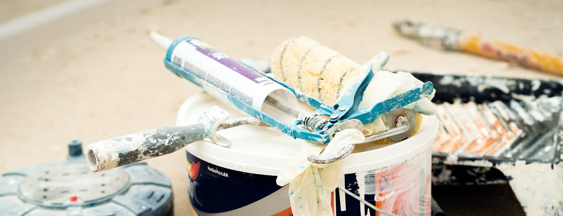 Does-Caulk-Need-To-Be-Primed-Before-Painting